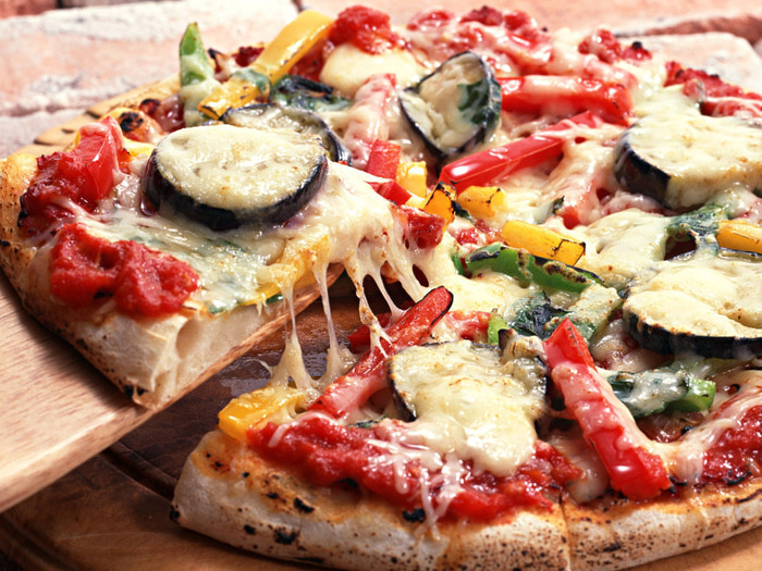 Food-Pizza-Hot-pizza-cheese-012861- (700x525, 178Kb)