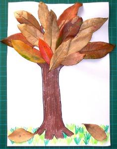 Поддеки из бумаги и прочего:поделки из листьев Мамульки.