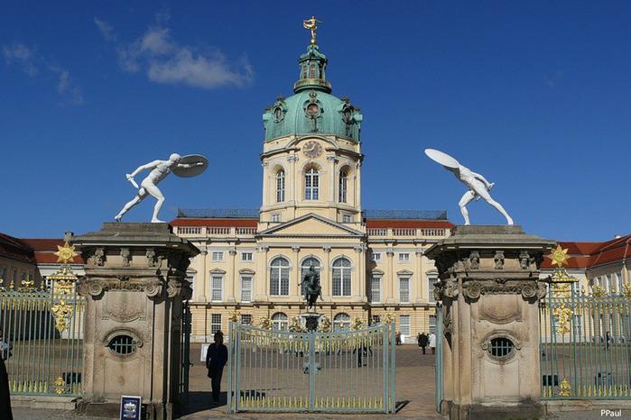 Scharlottenburg Schloss (700x466, 103Kb)