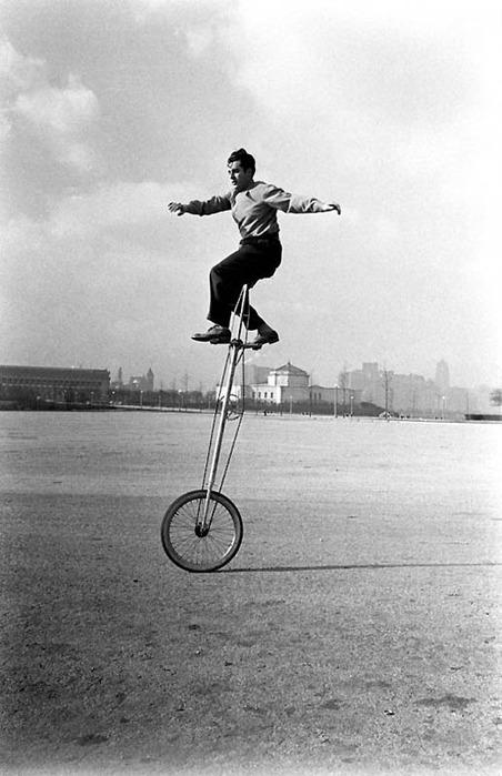 смешные велосипеды ретро-фотографии 9 (452x700, 84Kb)