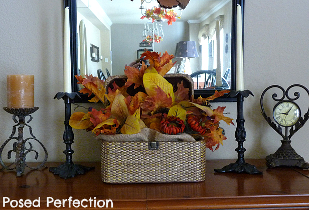 fall entry table closeup (616x418, 293Kb)