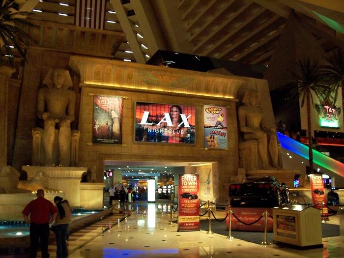 Отель Luxor hotel и Casino, Las Vegas - Пожить в пирамиде. 71361