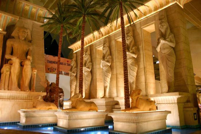 Отель Luxor hotel и Casino, Las Vegas - Пожить в пирамиде. 31193