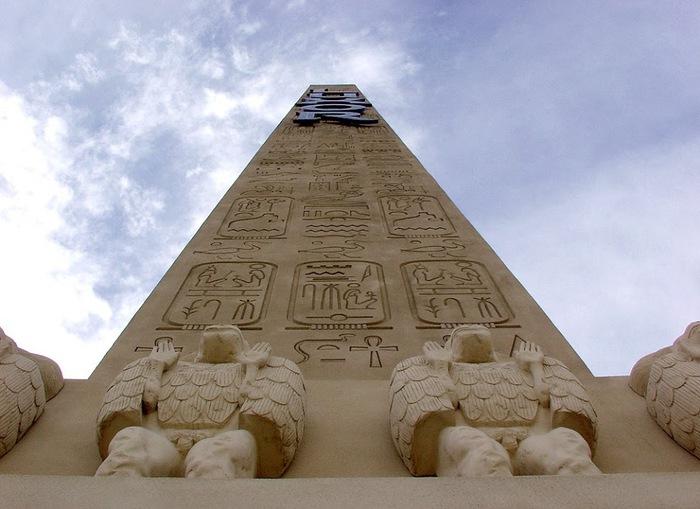 Отель Luxor hotel и Casino, Las Vegas - Пожить в пирамиде. 79526