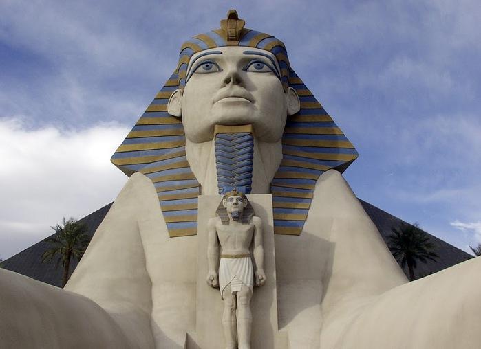 Отель Luxor hotel и Casino, Las Vegas - Пожить в пирамиде. 43490