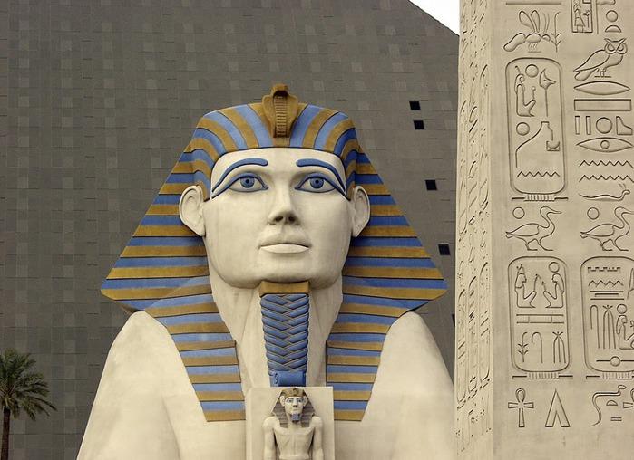 Отель Luxor hotel и Casino, Las Vegas - Пожить в пирамиде. 57389