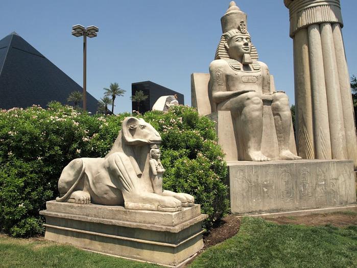 Отель Luxor hotel и Casino, Las Vegas - Пожить в пирамиде. 55237