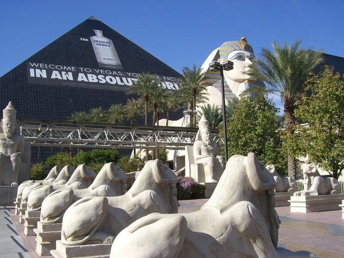 Отель Luxor hotel и Casino, Las Vegas - Пожить в пирамиде. 40433
