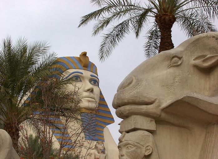Отель Luxor hotel и Casino, Las Vegas - Пожить в пирамиде. 29350