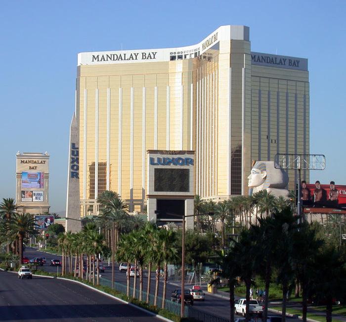 Отель Luxor hotel и Casino, Las Vegas - Пожить в пирамиде. 85898