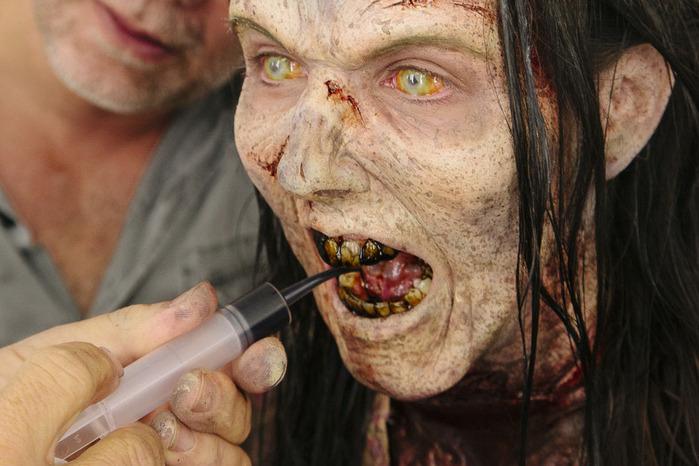 ходячие мертвецы фото зомби 4 (700x466, 113Kb)
