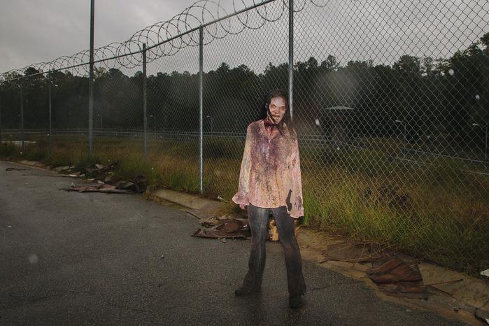 ходячие мертвецы фото зомби 6 (700x466, 148Kb)