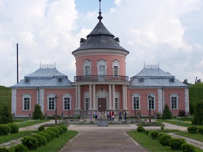 золочевский замок (700x525, 162Kb)