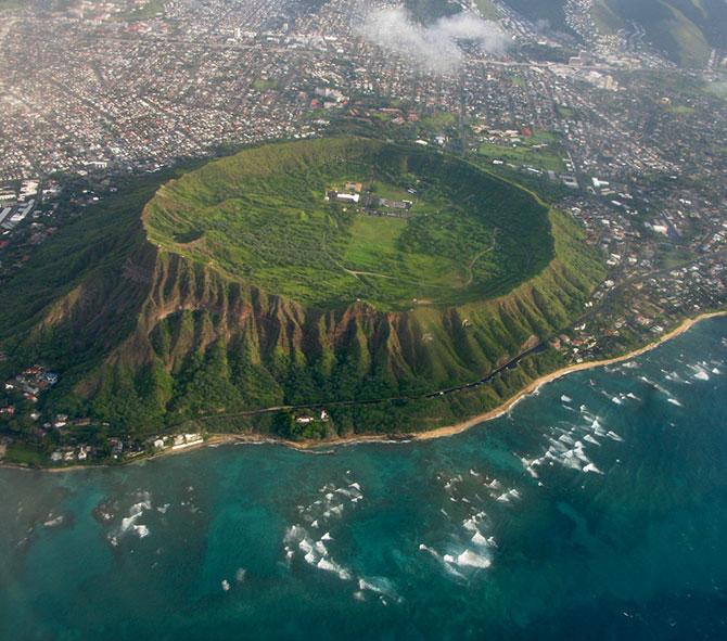 кратер потухшего вулкана Даймонд Хед фото 1 (670x591, 116Kb)