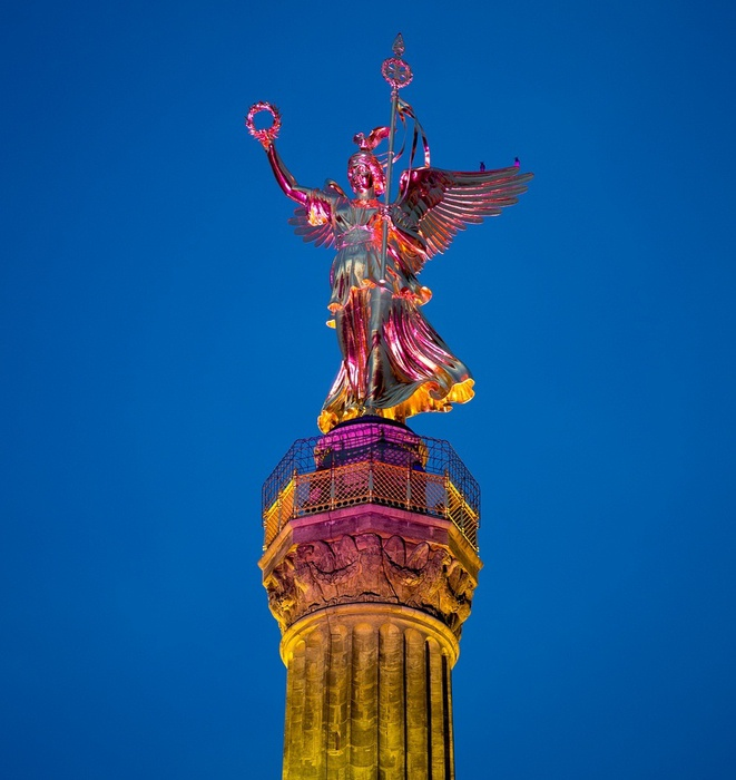 berlin-fest-sveta-2012-12 (661x700, 108Kb)