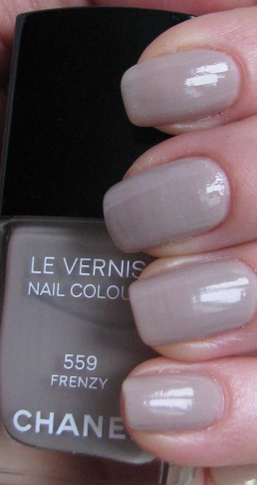 Chanel Le Vernis 559 Frenzy/3388503_Chanel_Le_Vernis_559_Frenzy_9 (370x700, 189Kb)