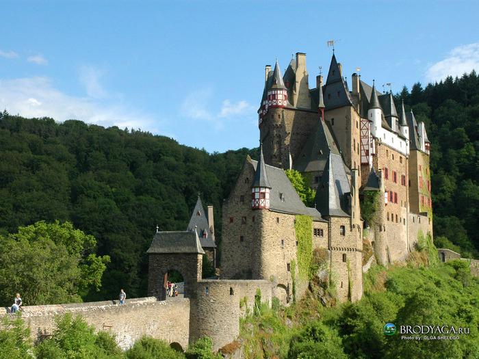 Burg_Eltz_castle_germany (700x525, 171Kb)