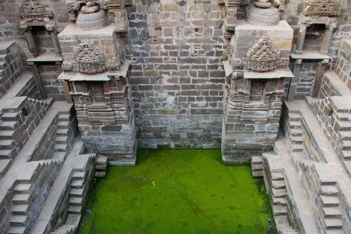 ступенчатый колодец Чанд Баори индия 3 (700x467, 105Kb)