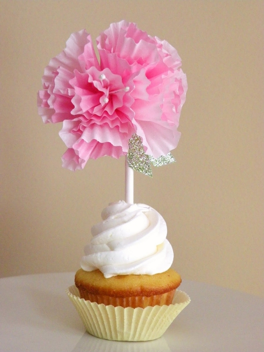 diy cupcake liner flags 035 (525x700, 220Kb)