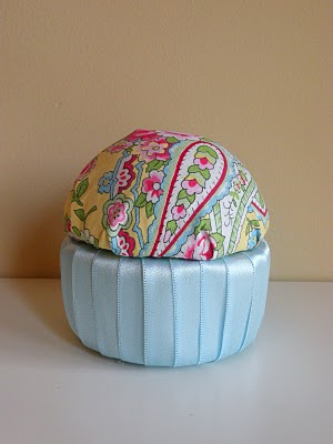 diy fabric cupcakes 011 (300x400, 21Kb)