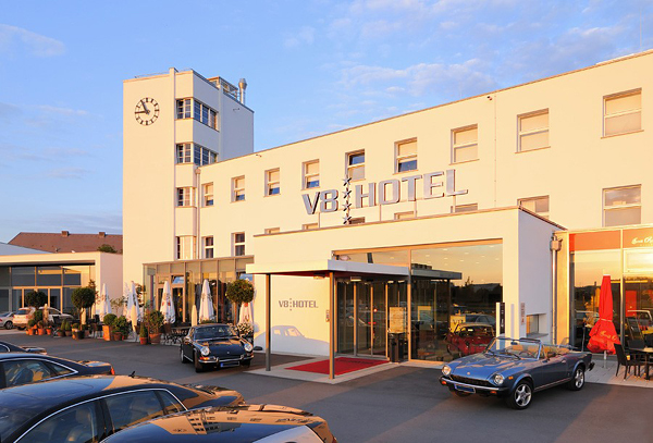 V8-Hotel штутгард германия (600x407, 239Kb)