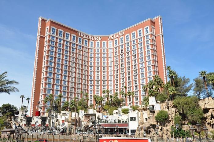 """""""Отель Остров Сокровищ, Лас Вегас, США"""" 77400"""