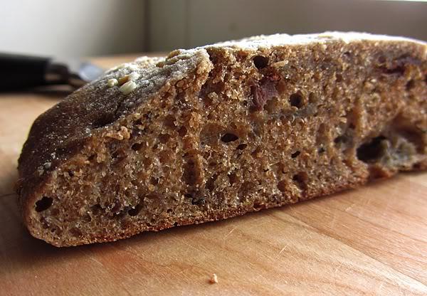 Пишет Лия (leah_tln) 2011-11-23 13:05:00 Назад Избранное Поделиться Отслеживать Пожаловаться Вперёд Ржаная лепешка с печеным баклажаном/3414243_Eggplant_bread (600x416, 68Kb)