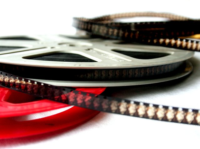 Смотреть фильмы./1351783650_filmyonline (640x476, 43Kb)