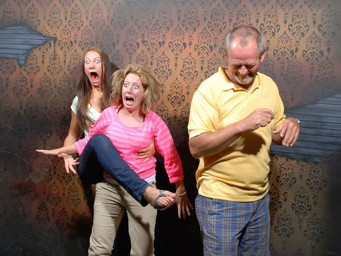 смешные фото людей фабрика страха 2 (680x510, 73Kb)