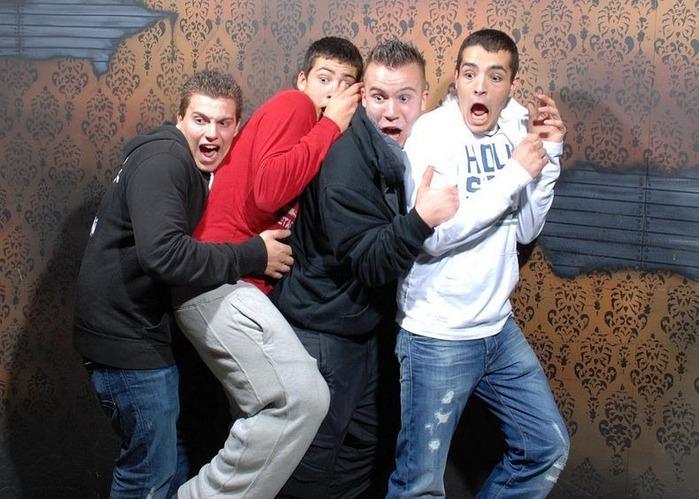 смешные фото людей фабрика страха 4 (700x499, 116Kb)