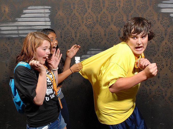 смешные фото людей фабрика страха 10 (680x510, 83Kb)