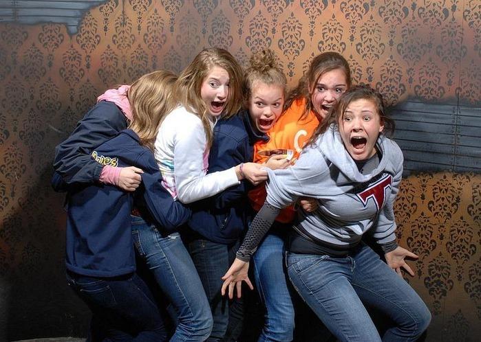 смешные фото людей фабрика страха 12 (700x498, 130Kb)