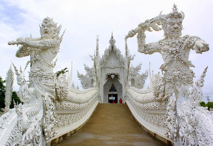 Wat Rong Khun (3) (700x478, 204Kb)