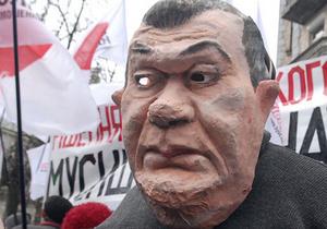 """К больнице Тимошенко приезжали три автозака, """"скорая"""" и """"Беркут"""" - Цензор.НЕТ 5343"""