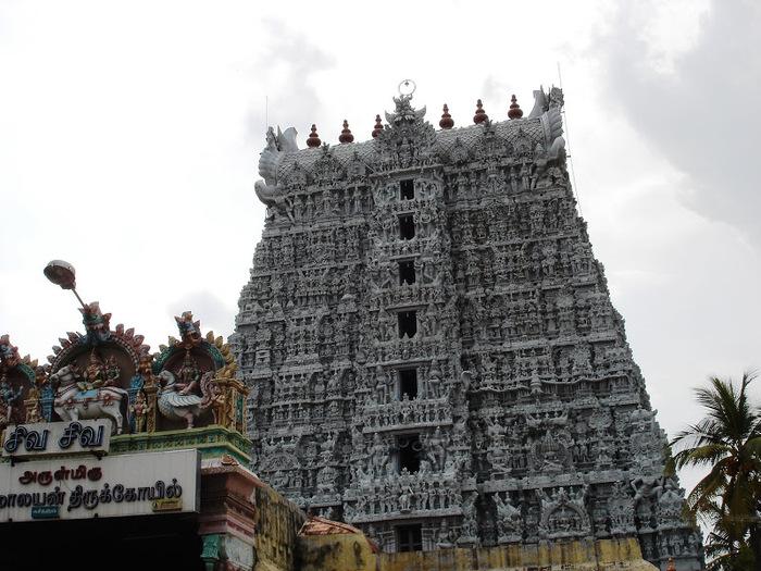 Сучиндрам (Suchindram temple) – храм всех Учителей. 89273