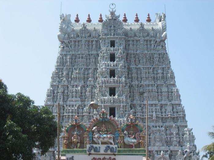 Сучиндрам (Suchindram temple) – храм всех Учителей. 11997