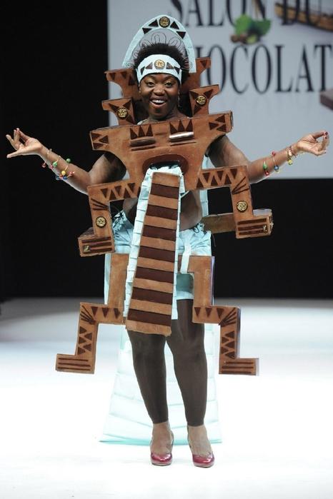 ярмарка шоколада в париже фото 7 (466x700, 190Kb)