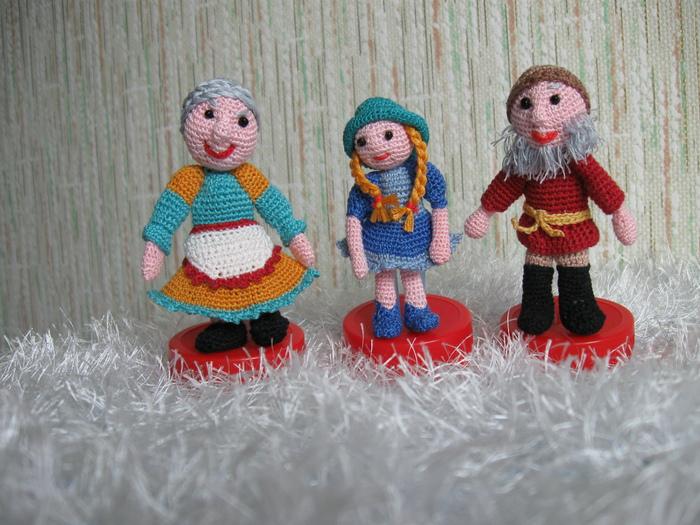 вязаные игрушки для пальчикового театра/1352177088_IMG_2238 (700x525, 198Kb)