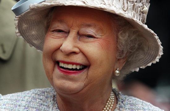 3085196_queen (550x359, 63Kb)