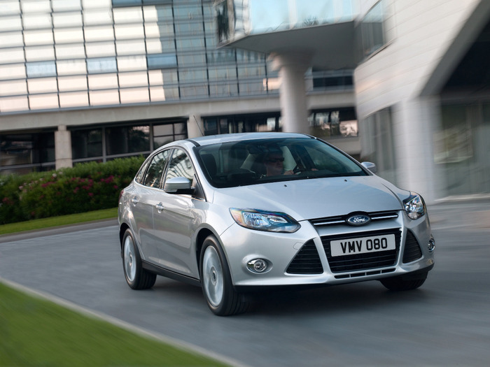 2012-Ford-Focus-1 (700x525, 98Kb)