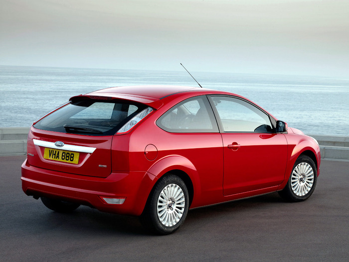 autowp.ru_ford_focus_3-door_hatchback_6 (700x525, 101Kb)
