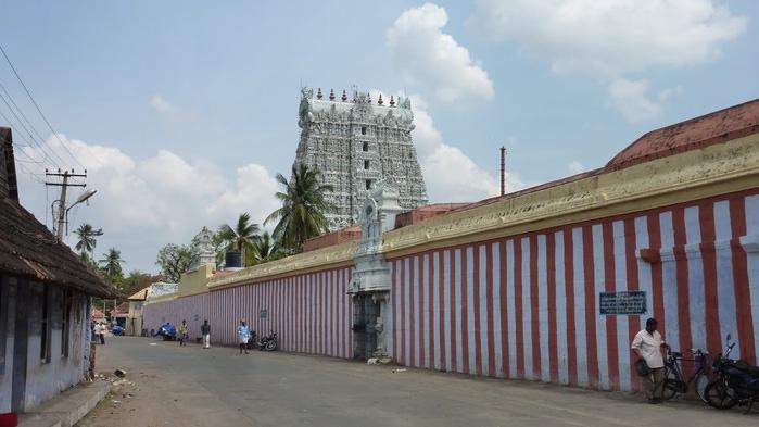 Сучиндрам (Suchindram temple) – храм всех Учителей. 71624