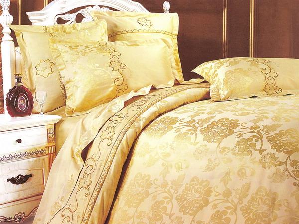 4497432_goldentrenddecoratingbedding6 (600x450, 134Kb)