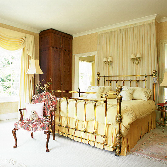 4497432_goldentrenddecoratingbedroomcombocolors2 (550x550, 92Kb)