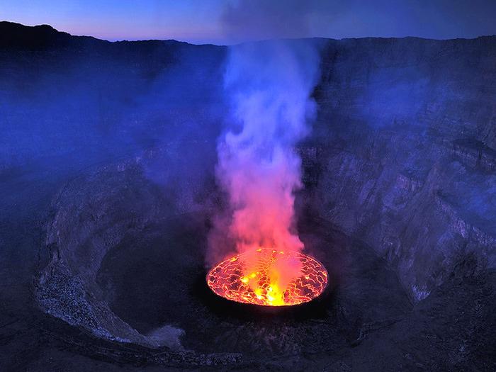 vulkan-nyiragongo (700x525, 120Kb)