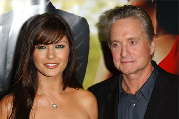 Catherine-Zeta-Jones-and-Michael-Douglas600_400 (600x400, 49Kb)