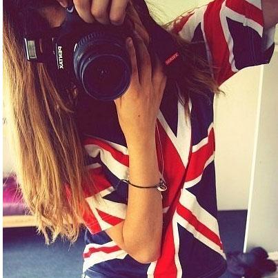 постельное бель с британским флагом.