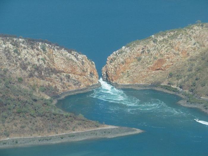 водопад1 (700x525, 126Kb)