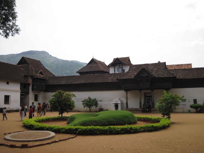 Дворец Падманабхапурам (Padmanabhapuram Palace) 32240