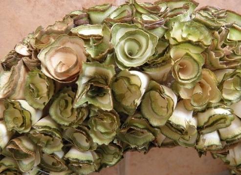 faca-um-arranjo-com-rosas-de-madeira-7886495-203 (493x357, 157Kb)